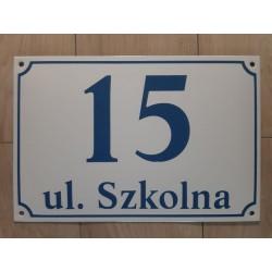 Biała tabliczka adresowa